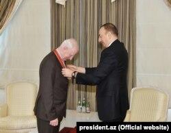 """President İlham Əliyev 2015-ci ildə onu Azərbaycanın ən ali mükafatlarından olan """"Şərəf"""" ordeni ilə təltif edib."""
