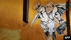 На графитти итальянского уличного художника Мапала папа Франциск изображён в образе Супермена (январь 2014 г.).