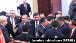 Жогорку Кеңеш депутаттары