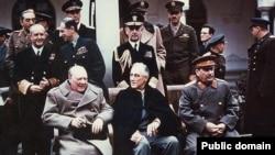 Уинстон Черчил, Франклин Рузвелт, Иосиф Сталин, Ялта саммити, 1945-жыл, февраль