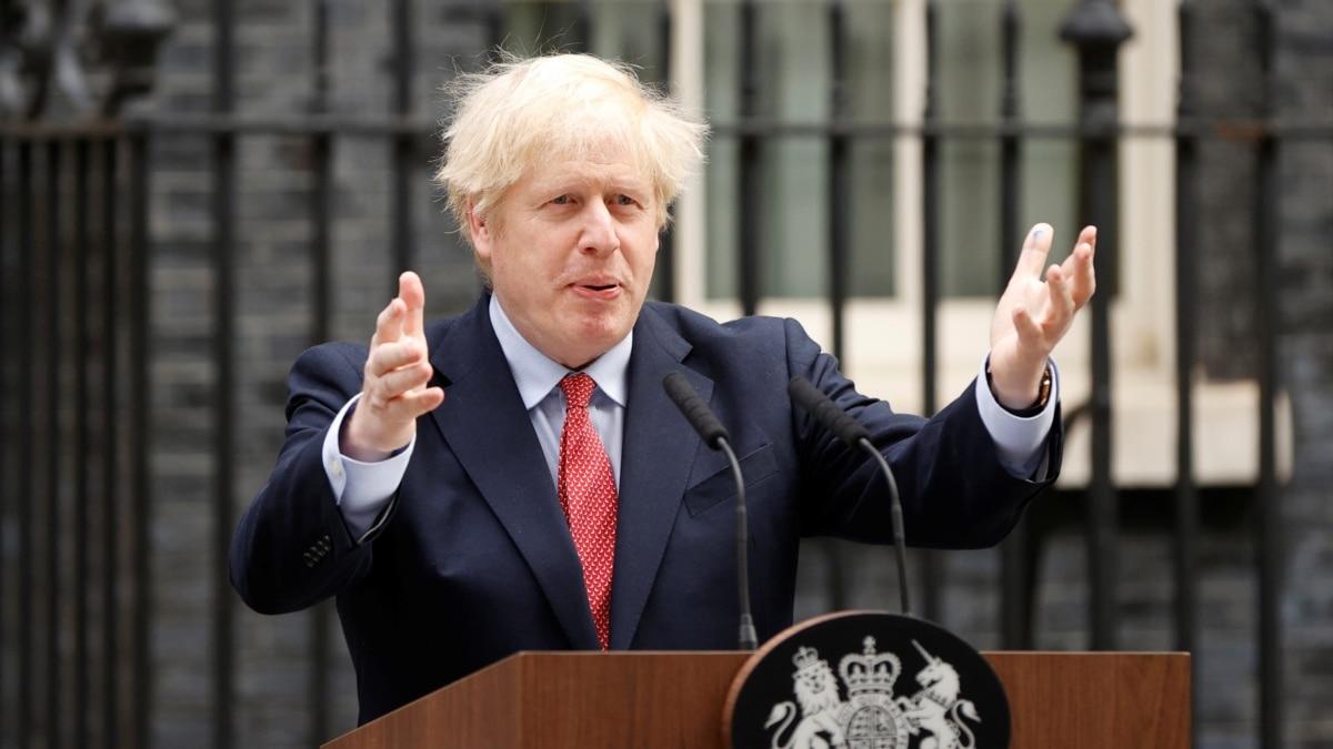 Бывшие британские министры призвали сформировать группу для наблюдения за ситуацией в Гонконге