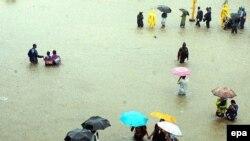 مقامات وزارت بهداشت بنگلادش اعلام کردند که کمبود آب اشامیدنی مشکلی اساسی است.