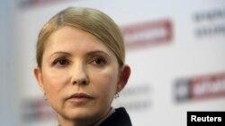 Украинаның бұрынғы премьер-министрі, президенттіке кандидат Юлия Тимошенко.