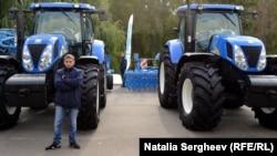 """Expoziția agricolă """"Farmer"""" și vizitatorii ei"""