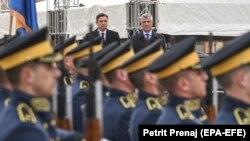 Borut Pahor sa Hašimom Tačijem na Kosovu