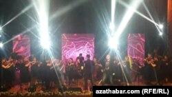 """Рок-концерт в под названием """"Рок-хиты """"Жара"""", Ашхабад, 6 июня, 2020"""