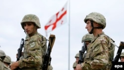 Грузинські військові на церемонії відкриття навчань, 8 липня 2015 року