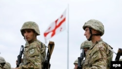 Gürcüstan əsgərləri NATO ilə birgə təlimin açılış mərasimində