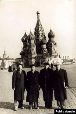 Активисты национального движения в Москве. 1959 год. Архив Эдие Муслимовой