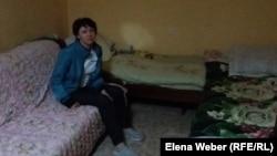 """В комнате кризисного центра организации """"Мой Дом"""". Темиртау, 16 апреля 2016 года."""