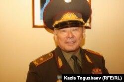 Қазақстан қорғаныс министрінің бұрынғы орынбасары, генерал-майор Айтқали Есенғұлов. Алматы, 26 қыркүйек 2013 жыл.