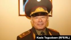 Қорғаныс министрінің бұрынғы орынбасары, генерал-майор Айтқали Есенғұлов. Алматы, 26 қыркүйек 2013 жыл.