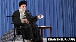 خامنهای بالاترین مقامی است که این اتفاق به حوزه مسئولیت او مرتبط است
