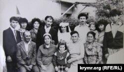 Несібе Бурсеїтова на весіллі сина