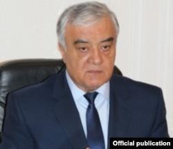 Генерал Ботир Парпиев, раиси Кумитаи андози Узбакистон