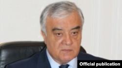 Генерал-лейтенант Батыр Парпиев.
