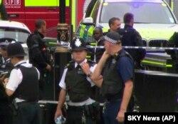 Лондон, 14 серпня 2018 року, поліція на місці інциденту