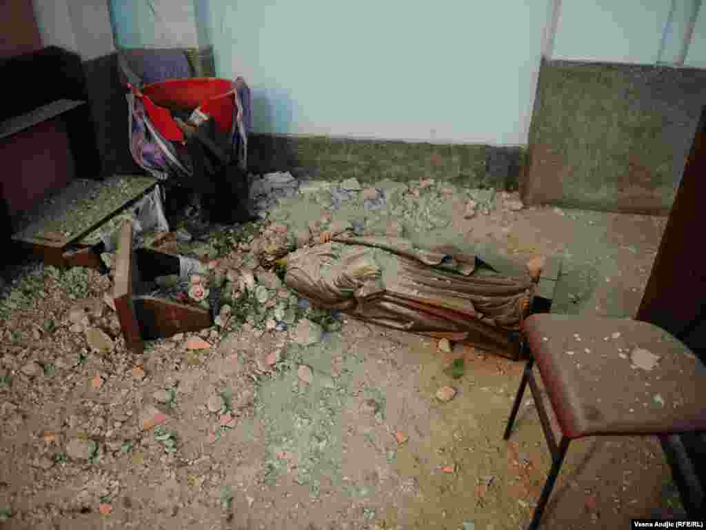 Posledice zemljotresa na području Kraljeva, 03.11.2010. Foto: Vesna Anđić