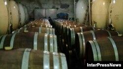 Выдержка грузинского вина станет теперь еще более многолетней