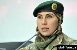 Аміна Окуєва, громадська діячка, учасниця бойових дій із Росією на Донбасі
