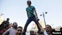 Мұхаммед Мурсидің жақтастары наразылық акциялары кезінде. Каир, 18 тамыз 2013 жыл