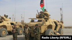 افغان ځواکونه له تجهیزاتو سره