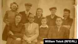 Deportaţi germani, lagărul din Dniprodzerjînsk/Днепродзержинск, 1947 (Foto: arhiva William Totok)