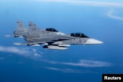 Шведские истребители Gripen