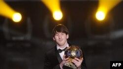 """Messi 2010 yilda ham """"Oltin to'p"""" sovrindori bo'lgan edi."""