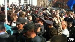 Демонстрация сторонников Олега Шеина в Астрахани