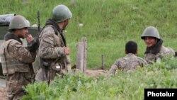 Тоолуу Карабактагы армян аскерлери. 5-апрель