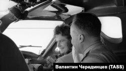 Терешкова Валентина а, Каманин Николай а