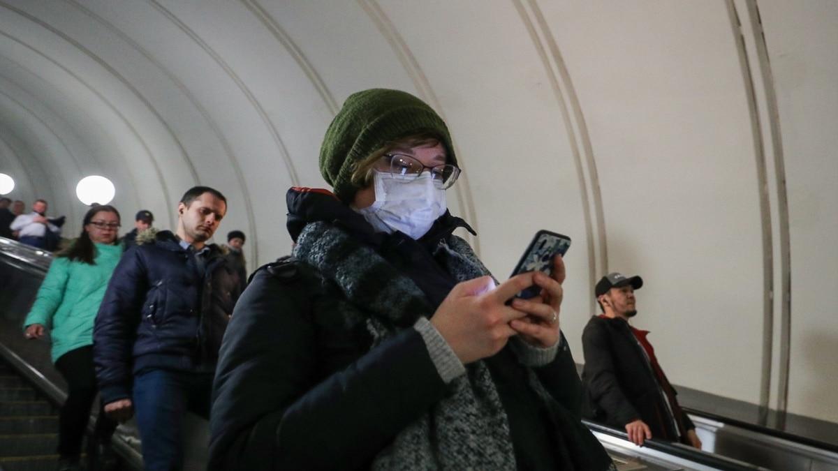 Через COVID-19 Москва вводит «цифровые пропуска» для поездок