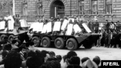 Sovet ordusu Bakida, 1990
