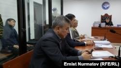 Қырғызстанның қамауда отырған бұрынғы премьер-министрі Сапар Исаков.