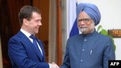 Лидеры России и Индии - Дмитрий Медведев и Манмохан Сингх
