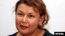 Джамиля Джакишева, жена Мухтара Джакишева, на пресс-конференции в Алматы. 22 июля 2009 года.