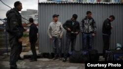 Задержание нелегальных мигрантов в Москве. 21 июня 2013 года.