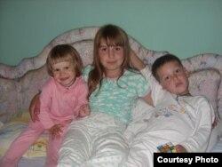 Новая сям'я Ульяны — сястра Аляксандра і брат Міша