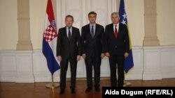 Хравтскиот премиер Андреј Пленковиќ на средби со лидерите на БиХ.