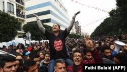 په تیونس کې د احتجاجونو غوښتنه