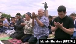 Рамадан на ошской площади Ленина