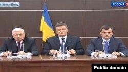 Віктор Янукович, Віктор Пшонка та Віталій Захарченко у Ростові-на-Дону після втечі з України, 14 квітня 2014 року