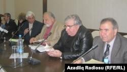 Arxiv foto, Ziyalılar Forumunun toplantılarından biri.