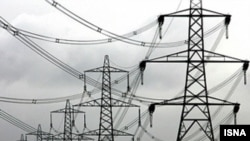 خطوط كهربائية في إيران