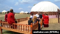 Ahalda bellenen Nowruz, 22-nji mart, 2013
