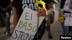 La o demonstrație împotriva urii la El Paso, Texas, 4 august 2019. REUTERS/Jose Luis Gonzalez