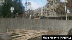 Muri që po ndërtohet në Mitrovicën Veriore