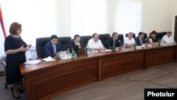 Armenia -- Judge Nakhshun Tavaratsian (L) speaks at a meeting of the Supreme Judicial COuncil, Yerevan, July 18, 2019.