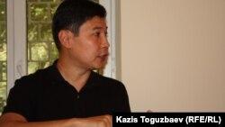 «Синопек Қазақстан» (Қытай кәсіпорны) сервис компаниясының бұрынғы қызметкері Руслан Қожахмет.